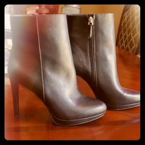 Nine west genuine leather ankle boots